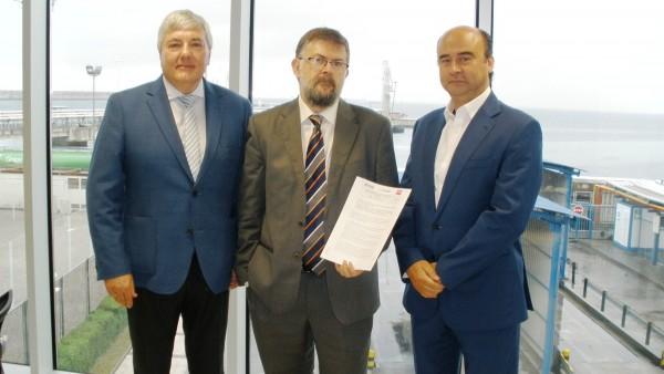 CLH, TEPSA y ESERGUI firman un pacto de ayuda mutua para casos de emergencia